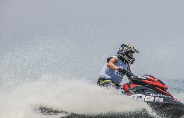 Top 10 Best Inflatable Jet Skis Reviews 2020
