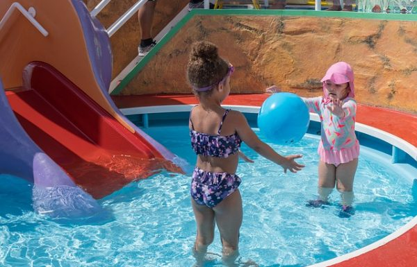 Top 10 Best Inflatable Pool Slides Reviews 2020