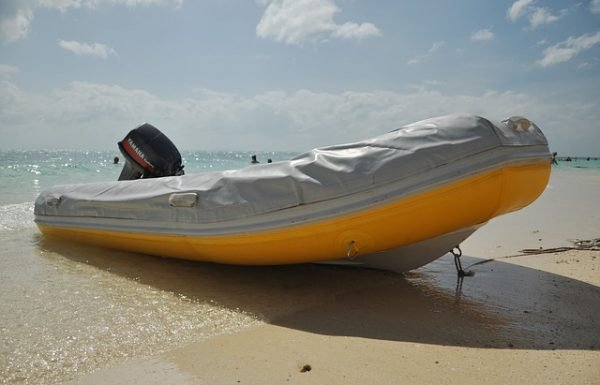 Best Intex Inflatable Boats Reviews 2020