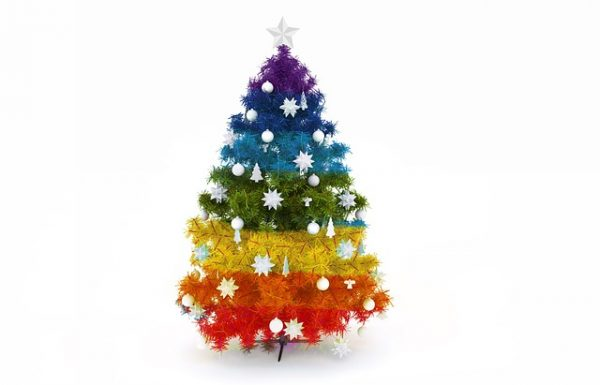 Cute Tabletop Christmas Trees to Brighten Up Your Home