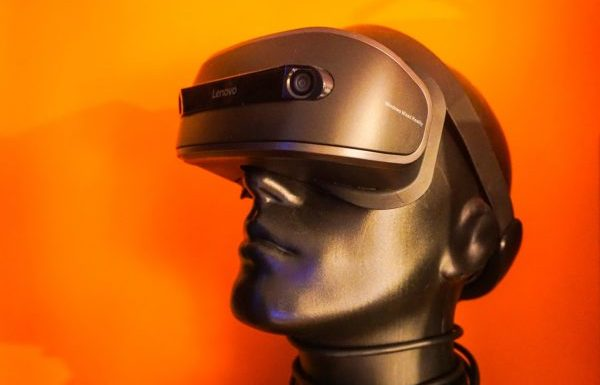 Top 10 Best 3D Virtual Reality Headsets with HDMI Input Reviews 2019