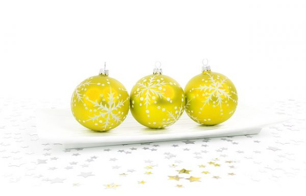 21 Yellow Christmas Decorating Ideas – Create a Warm and Sunny Theme for Your Home